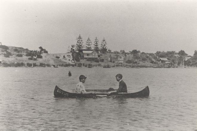 On Narrabeen Lagoon