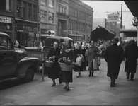Christmas Shopping, King St., Kitchener