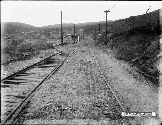 Curve Near Land's End Station | U00807