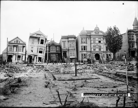 Howard Street at 18th Street View of Damage After the 1906 Earthquake | U00813
